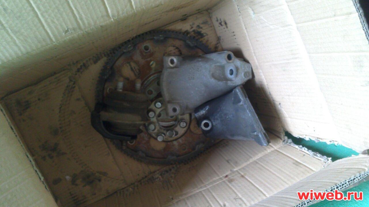 Подушка двигателя TOYOTA CROWN JZS171 1JZ-GTE, цена - купить