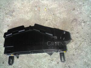 Крепление бампера на Toyota Avensis ZRT272