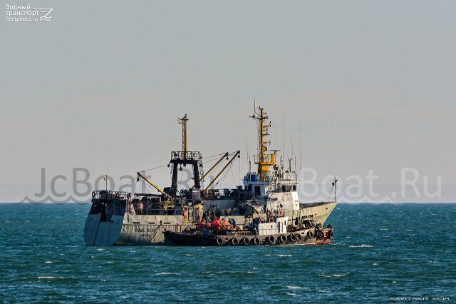 судно рыболовное Краболов  1992 года