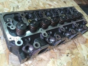 Головка блока цилиндров на Nissan Atlas SP6F23 TD27