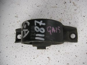 Подушка двигателя на Nissan GA15
