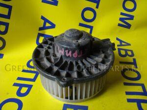 Мотор печки на Honda Stream RN3