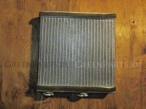 Радиатор печки на Nissan Serena C25