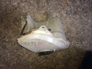 Бачок омывателя на Toyota Corolla AE110
