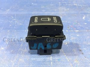 Кнопка на Infiniti QX56 JA60 VK56DE