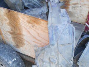 Подкрылок на Honda STEP WAGON RF5