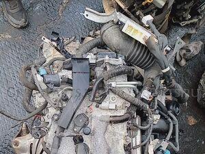 Двигатель на Toyota Isis ZGM10 2ZRFAE