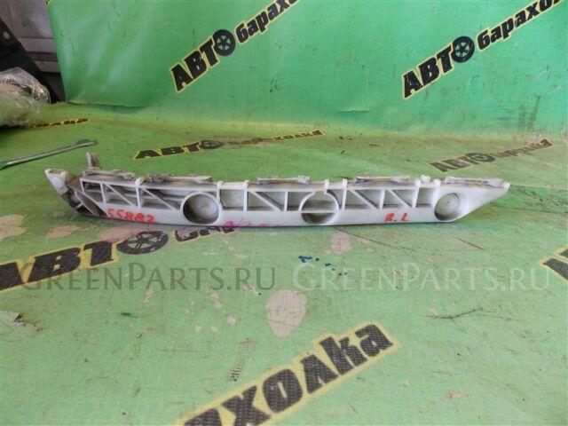 Крепление бампера на Toyota Corolla Rumion NZE151 52576-12180