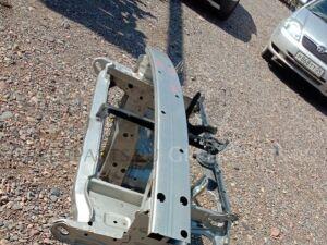 Рамка радиатора на Toyota Corolla NZE124 1NZ-FE