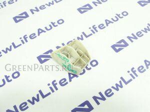 Крепление бампера на Toyota Ractis NCP100 1NZFE 52563-52010