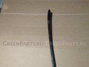 Молдинг лобового стекла на Honda Fit GP5 LEB