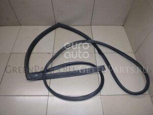 Уплотнительная резинка на Mazda cx 7 2007-2012 EG2173760M