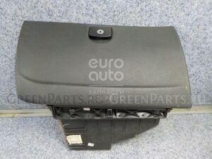 Бардачок на Peugeot 407 2004-2010 8226H7