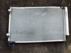 Радиатор кондиционера на Toyota Ractis NCP120