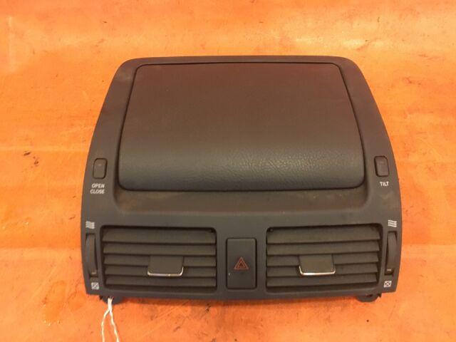 Монитор на Toyota Avensis AZT255