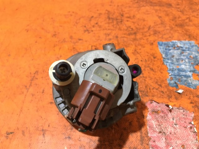 Туманка бамперная на Toyota Caldina AZT241W, AZT246W, ST246W, ZZT241W 52-040
