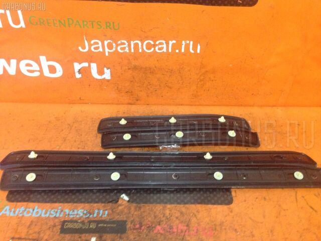 Накладка на порог салона на Toyota Mark II Blit GX110W
