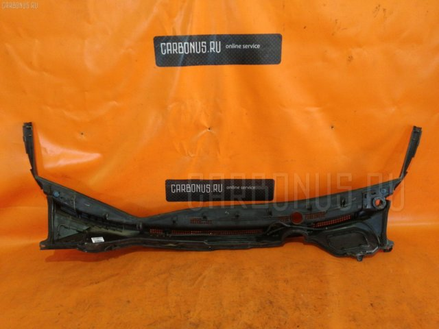 Решетка под лобовое стекло на Honda Stepwgn RK1