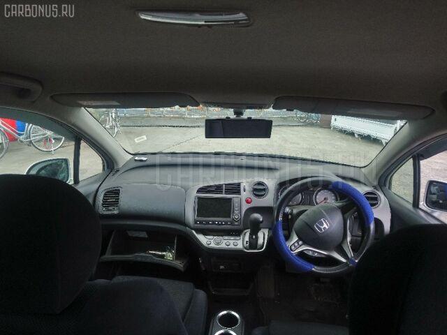 Зеркало двери боковой на Honda Stream RN6