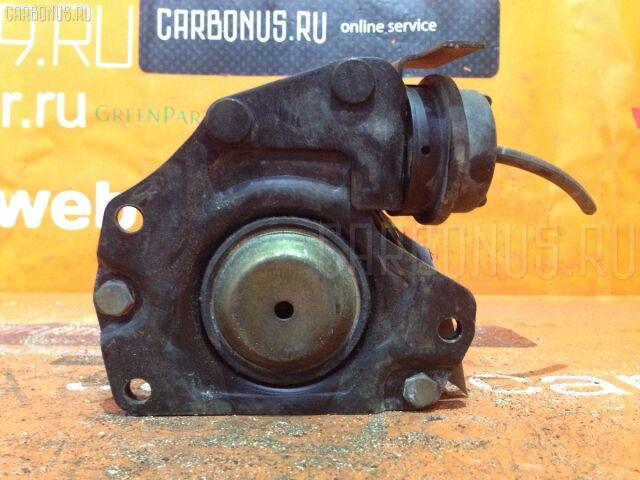 Подушка двигателя на Honda Odyssey RA5 J30A