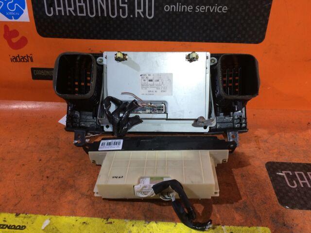 Блок управления климатконтроля на Toyota Mark II JZX110
