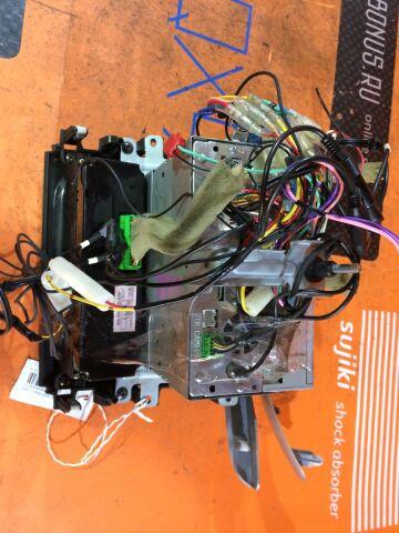 Блок управления климатконтроля на Suzuki Aerio Wagon RD51S