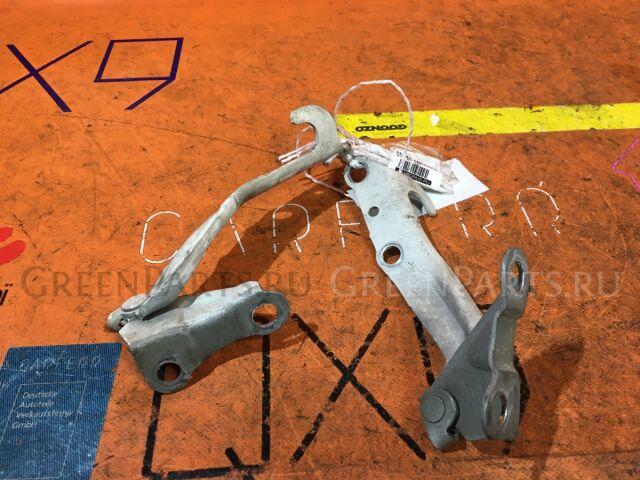Крепление капота на Toyota Cresta GX90, JZX90, JZX91, JZX93, LX90, SX90