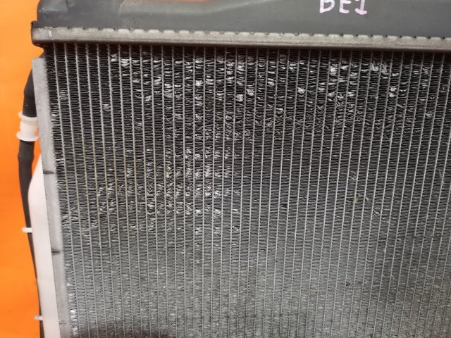 Радиатор двигателя на Honda Edix BE1 D17A