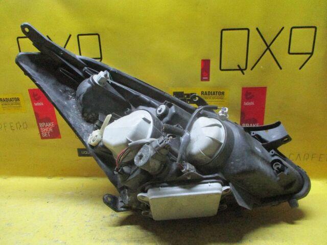 Фара на Toyota Wish ANE10G 68-2
