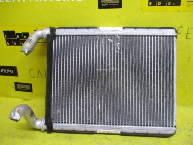 Радиатор печки на Toyota Wish ZNE10G 1ZZ-FE