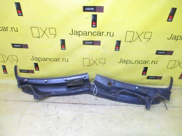 Решетка под лобовое стекло на Honda Fit GD1