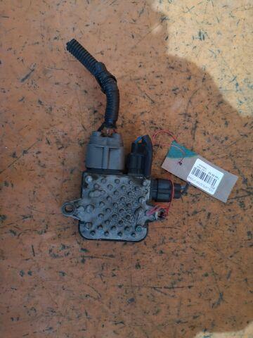 Блок управления вентилятором на Nissan Lafesta B30