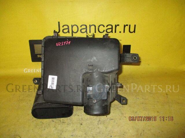 Корпус воздушного фильтра на Toyota Crown Majesta UZS171 1UZ-FE