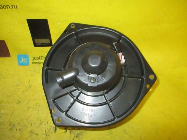 Мотор печки на Nissan Primera QP11