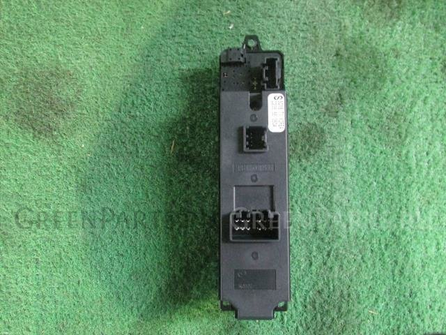 Блок упр-я стеклоподъемниками на Mazda Premacy CREW LF-VE