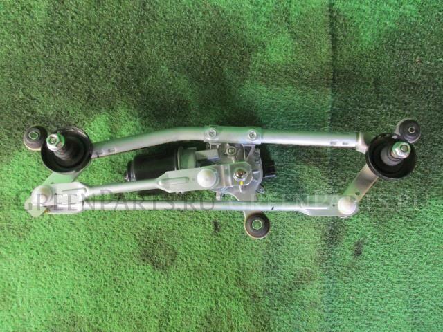 Мотор привода дворников на Nissan March K13 HR12DE