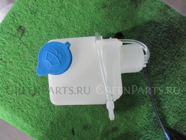 Бачок омывателя на Nissan NV 100 Clipper DR17V R06A