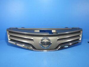 Решетка радиатора на Nissan Note E11 HR15DE
