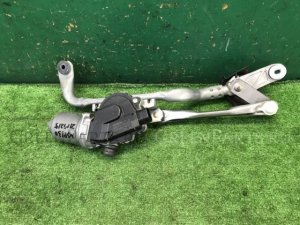Мотор привода дворников на Toyota Vitz NSP130 1NR-FKE