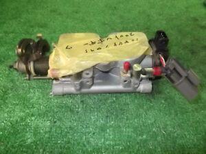 Дроссельная заслонка на Nissan Gloria PY32 VG30E