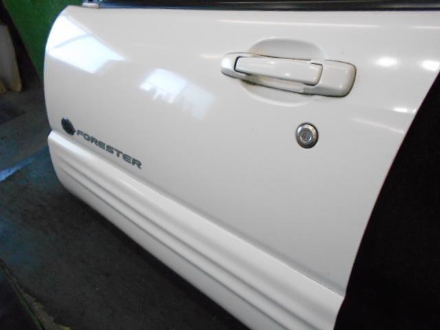 Дверь боковая на Subaru Forester SF5 EJ205