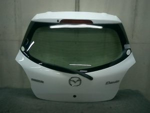 Дверь задняя на Mazda Demio DE3FS ZJ-VE