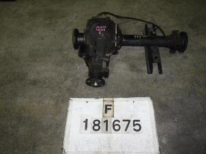 Редуктор на Isuzu ELF ASP6F23 TD27
