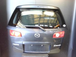 Дверь задняя на Mazda Demio DY3W ZJ-VE