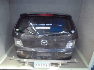 Дверь задняя на Mazda Mpv LY3P