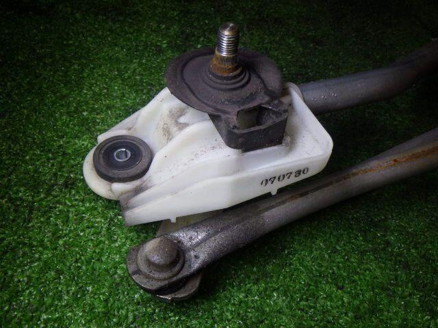 Мотор привода дворников на Nissan March AK12