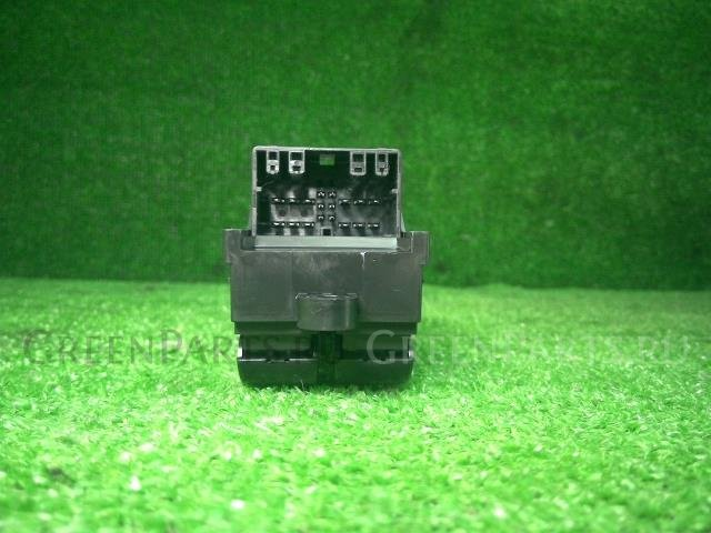 Блок упр-я стеклоподъемниками на Mazda FLAIR WAGON MM32S R06A