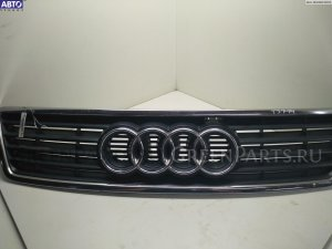 Решетка радиатора на Audi A6 C5 (1997-2005) СЕДАН