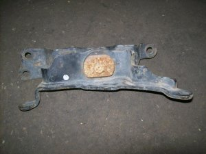Подушка двигателя на Nissan Murano Z51 VQ35