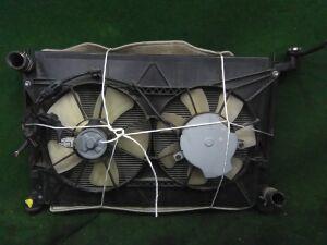 Радиатор основной на Toyota Isis ZGM15 2ZR-FAE